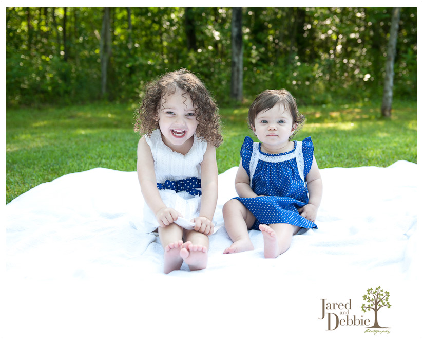 Adorable image of sisters taken by Jared and Debbie Photography in Plattsburgh NY