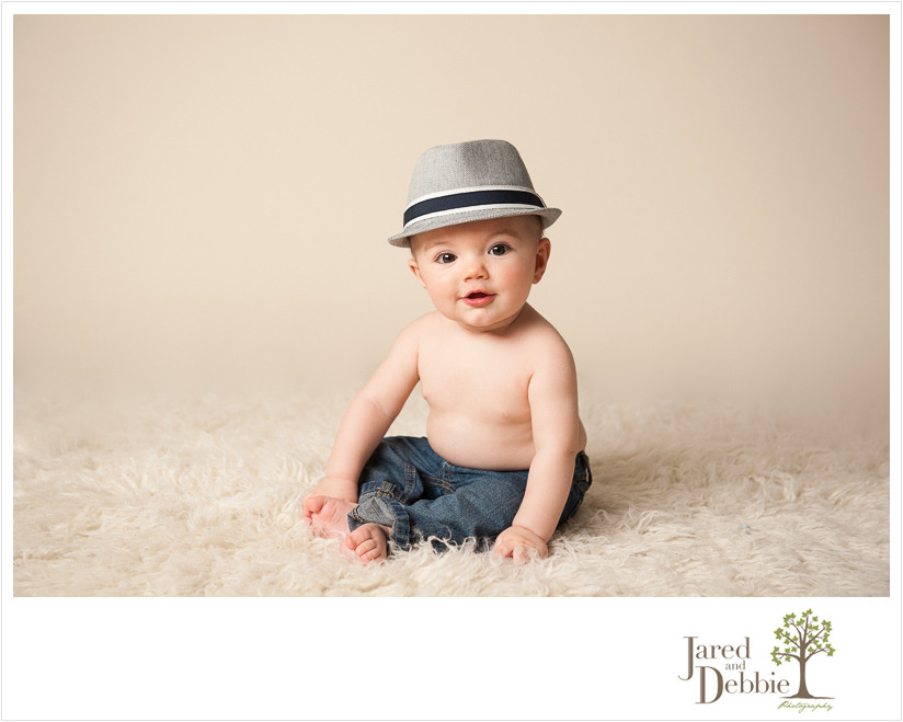baby in fedora during session with jared and debbie