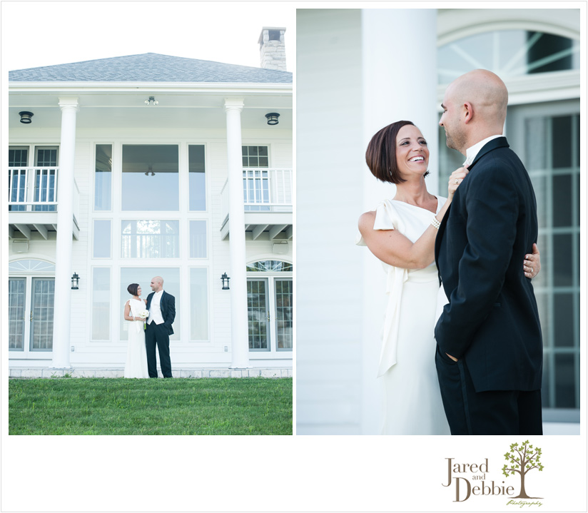 Intimate backyard wedding photography with Jared and Debbie