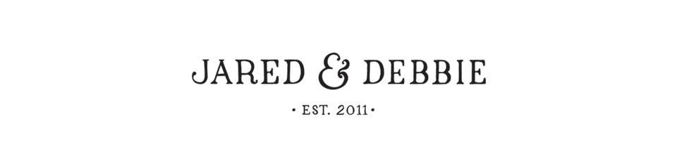 Jared and Debbie Photography logo